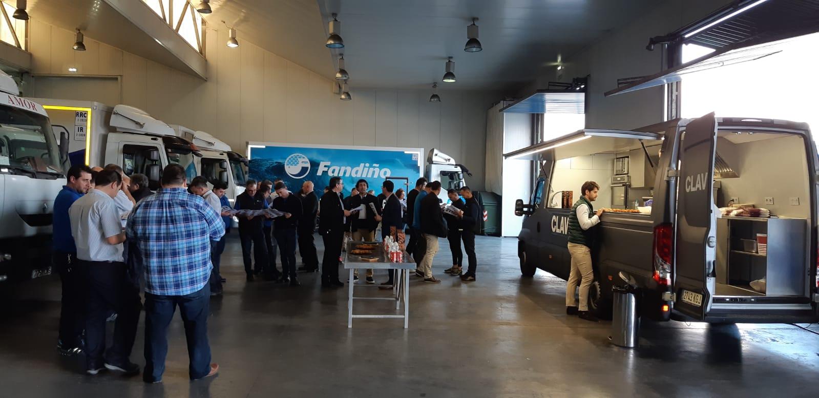 Jornada de cata de nuevos productos y confraternización entre el personal de todas las delegaciones Fandiño: Avilés, A Coruña, Santander, León, Ourense y Santiago de Compostela